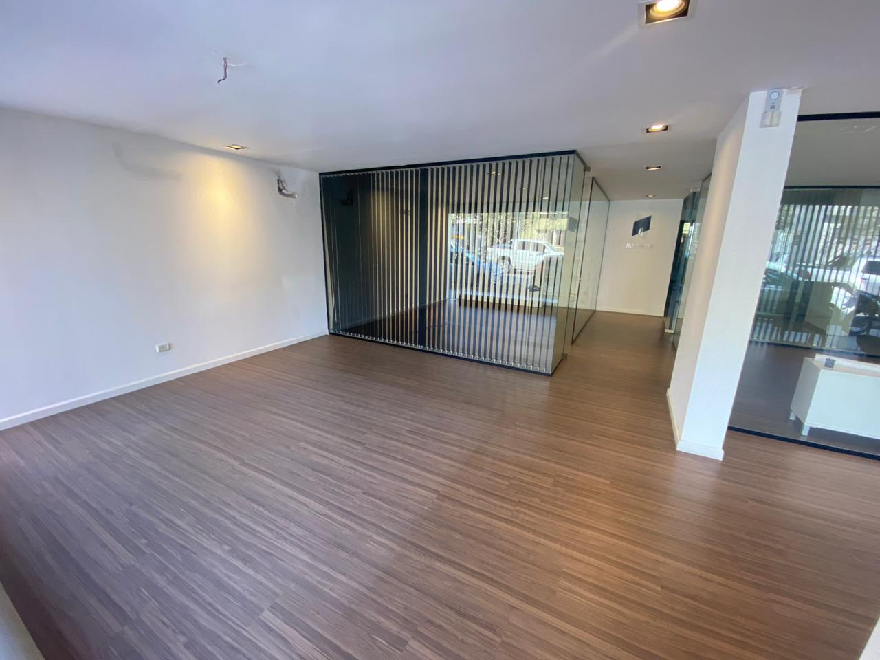 Alquiler – Impecable local comercial en Barrio General Paz!